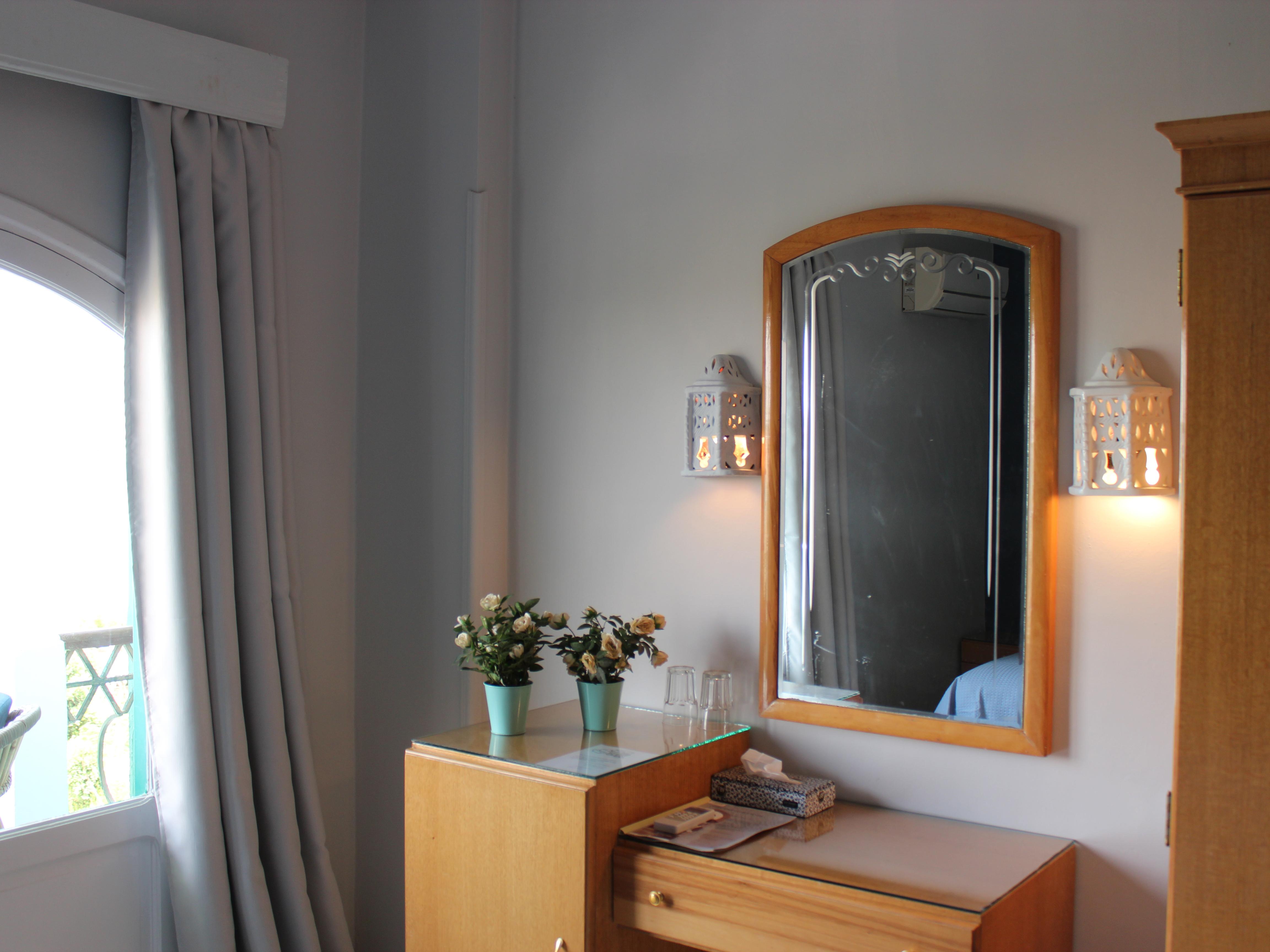 The rooms nemo dive club hotel - Deco kamer volwassen blauw ...